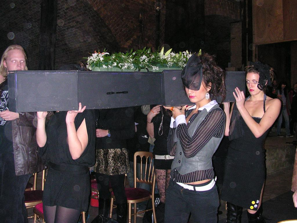 Funeral for an Air Guitar - The Average Gamer
