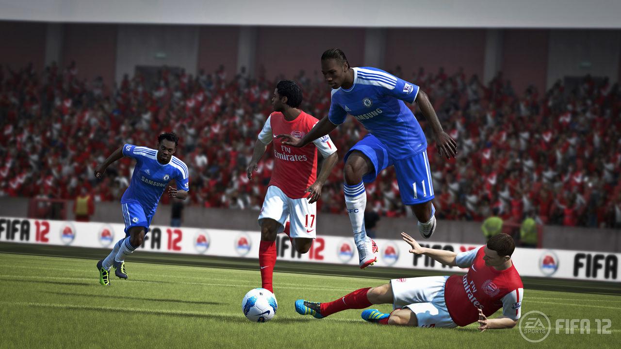 FIFA12_DrogbaJumping