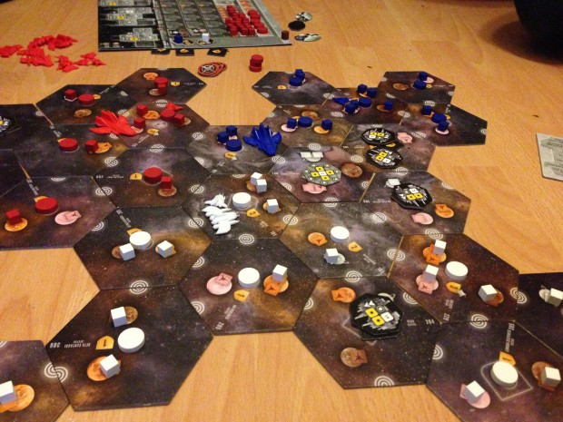 Close up of the board towards the last 3 turns. The midpoint of the 3 way alliance sits on the left with borders clearly defined.