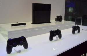 PlayStation 4 - Console And Controllers