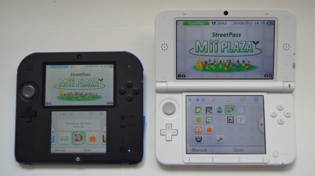 Nintendo 2DS vs 3DS XL small